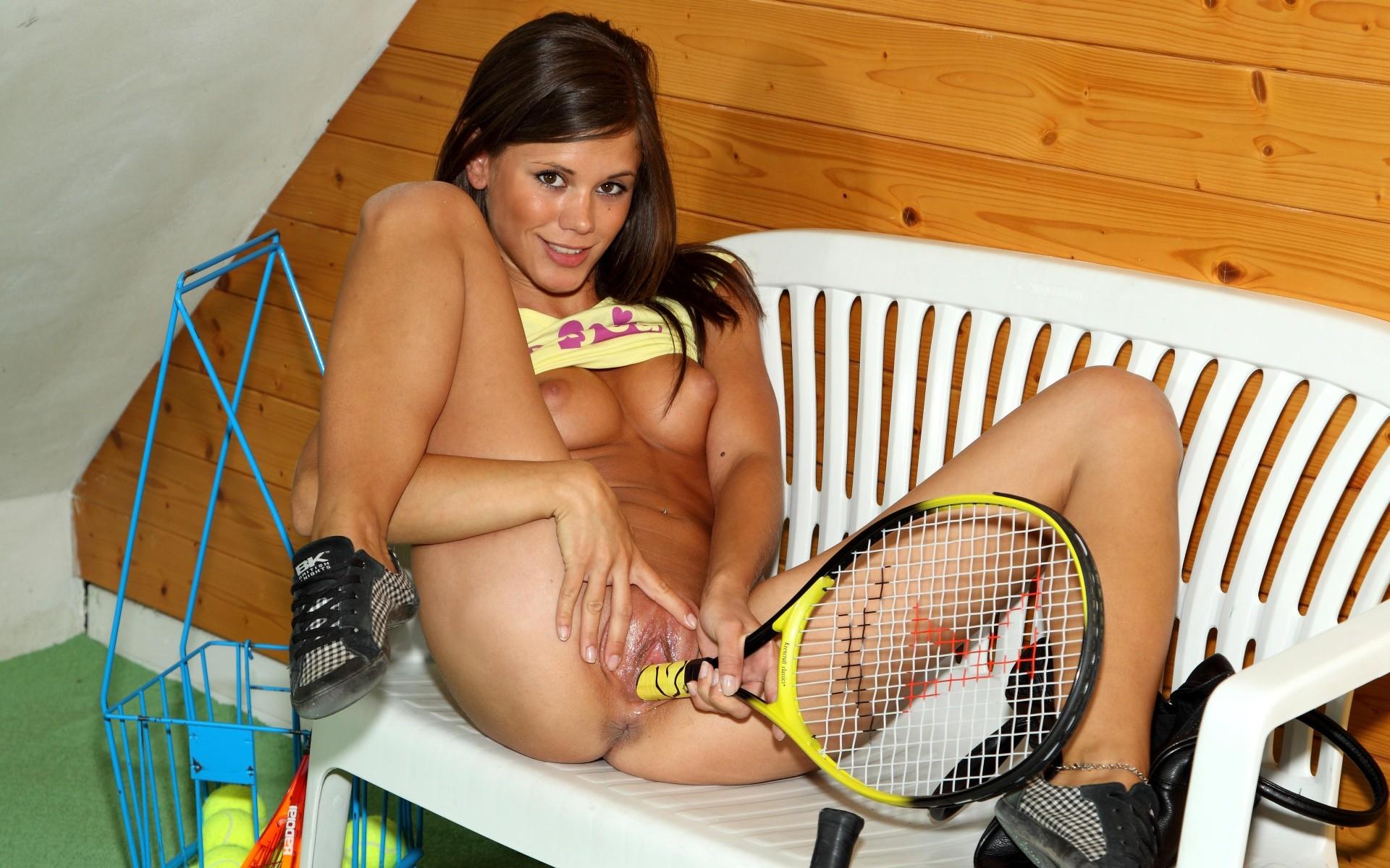 порнофильмы про теннис касается