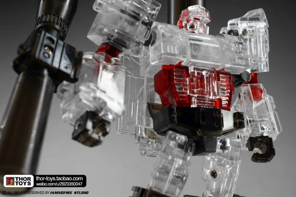 [Generation Toy] Produit Tiers - Jouet GT-01 Gravity Builder - aka Devastator/Dévastateur - Page 5 YuI8Z9K2