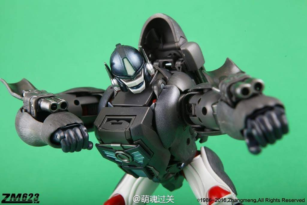 [Masterpiece] MP-32, MP-38 Optimus Primal et MP-38+ Burning Convoy (Beast Wars) - Page 3 MousmccF