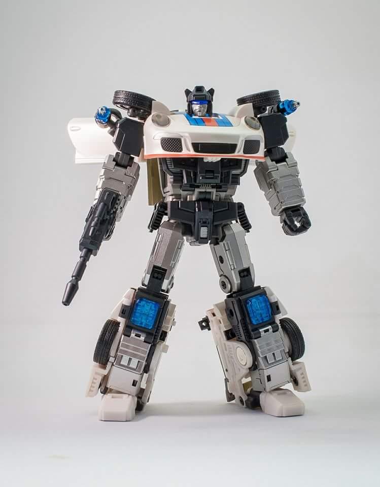 [Generation Toy] Produit Tiers - Jouets TF de la Gamme GT - des BD TF d'IDW - Page 2 DCA1BTQx