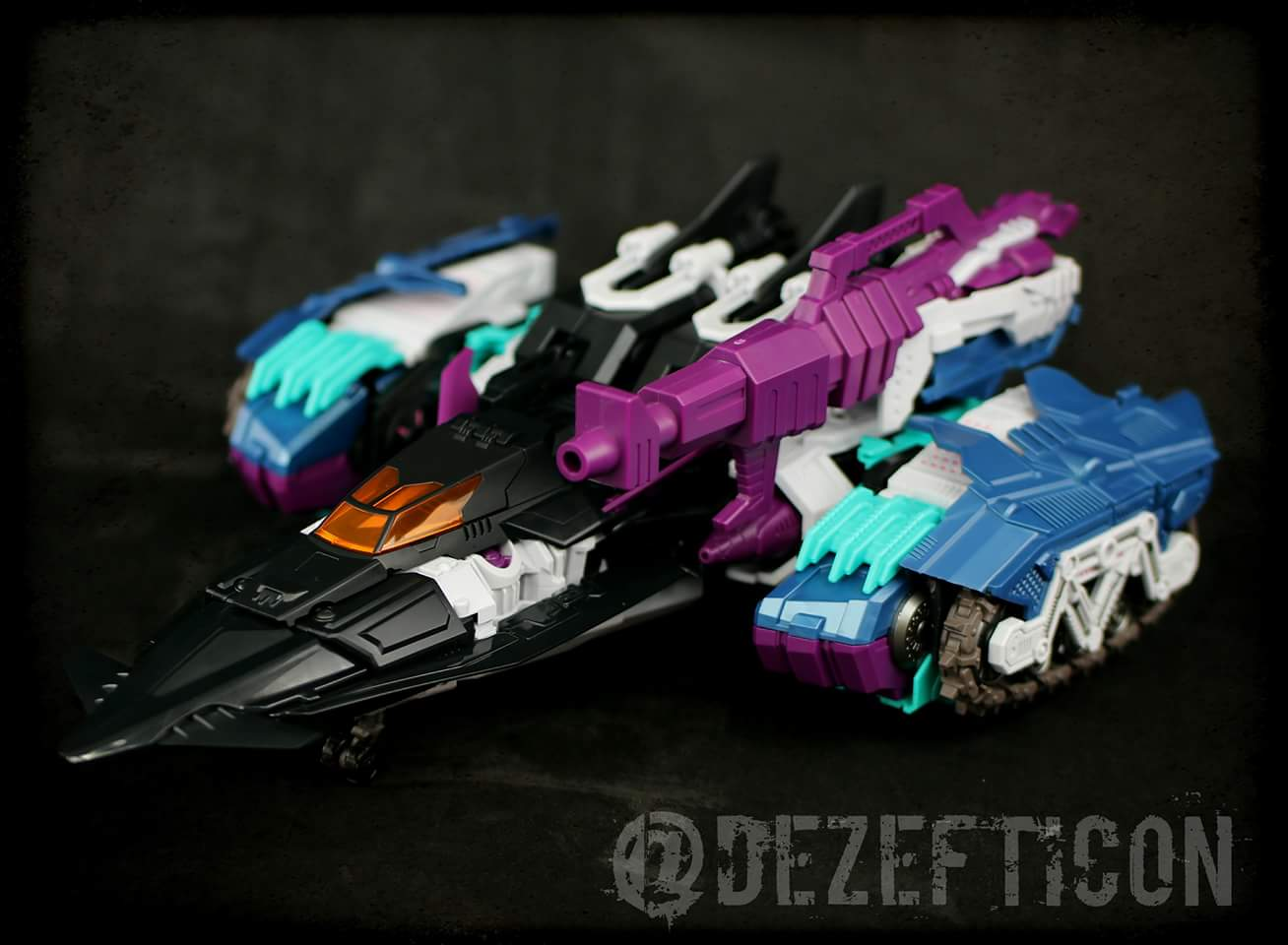 [Mastermind Creations] Produit Tiers - R-17 Carnifex - aka Overlord (TF Masterforce) - Page 3 LTxwZ644