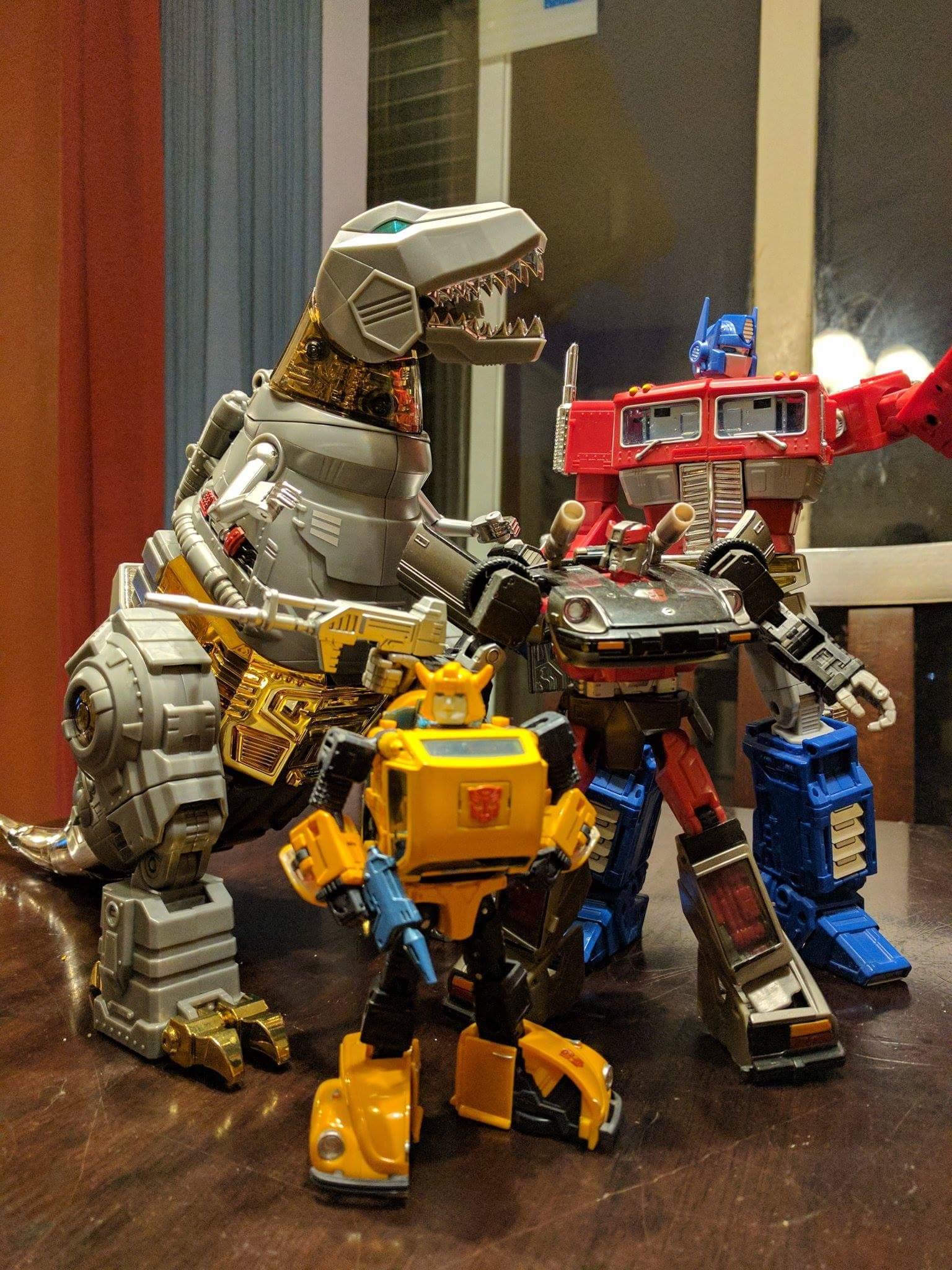 [Fanstoys] Produit Tiers - Dinobots - FT-04 Scoria, FT-05 Soar, FT-06 Sever, FT-07 Stomp, FT-08 Grinder - Page 12 6hTSmx96