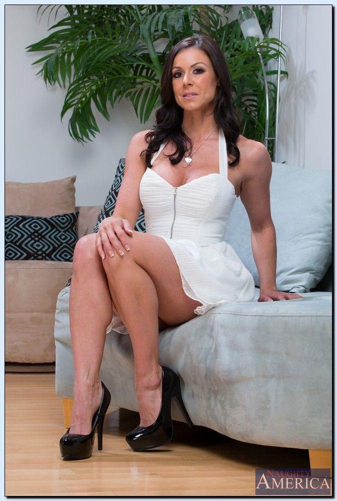 Kendra Lust Nude Photos 32