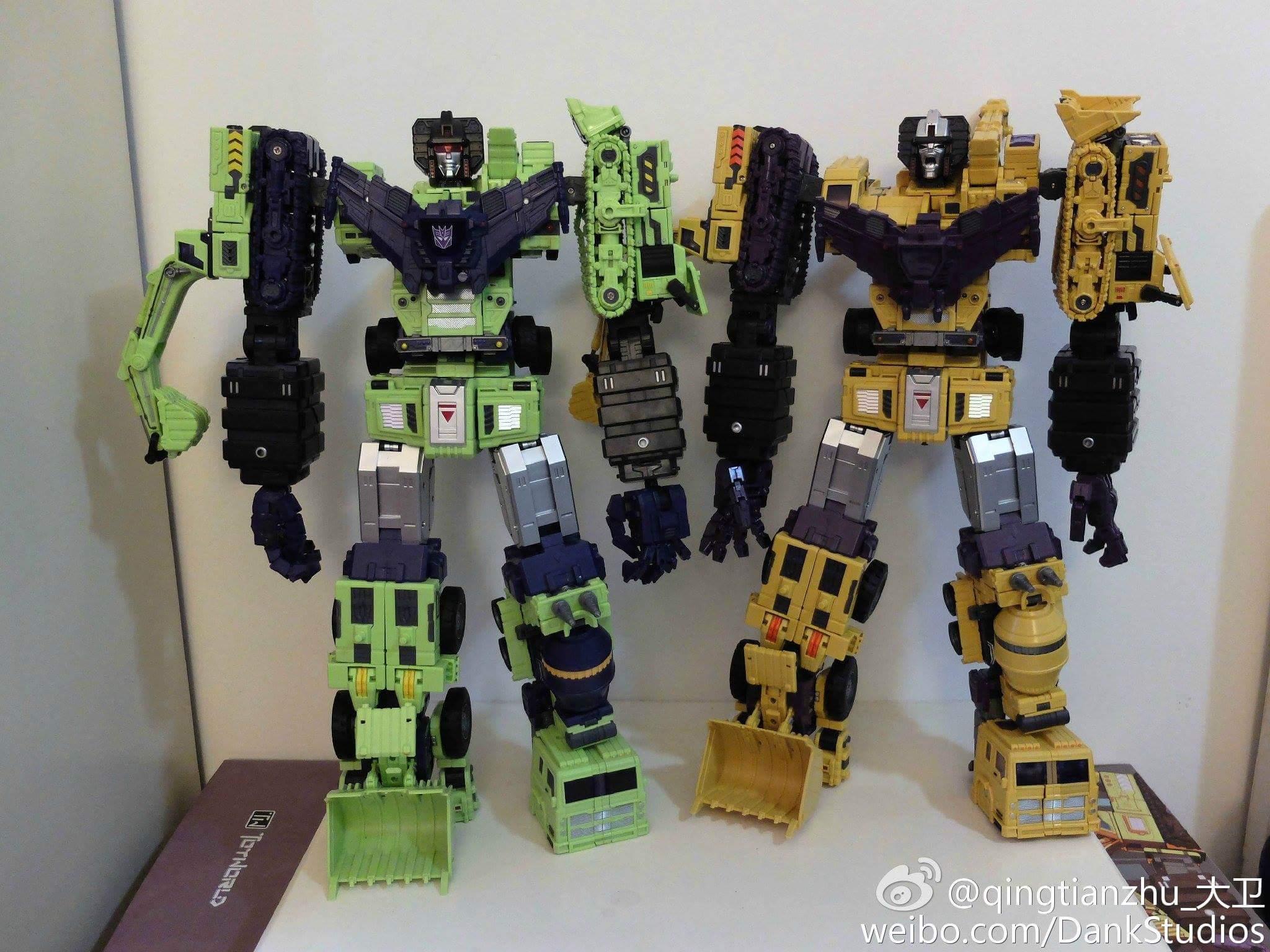 [Toyworld] Produit Tiers - Jouet TW-C Constructor aka Devastator/Dévastateur (Version vert G1 et jaune G2) - Page 8 Fu99JCig