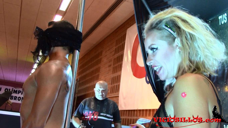 Blondie fesser y caomei bala show lesbico seb 2017 - 2 1