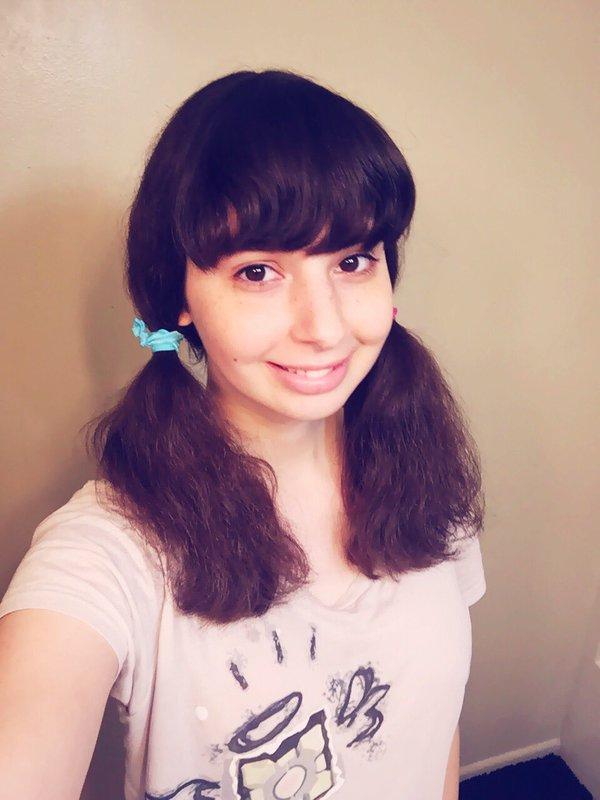 Una nena putita, hermosa y fanatica del anime...