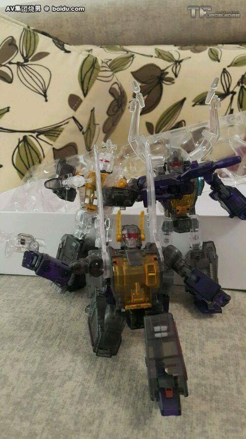 [BadCube] Produit Tiers - Jouet OTS-05 Claymore / OTS-06 Hypno / OTS-07 Kickbutt - aka Insecticons - Page 3 R9VAdiNp