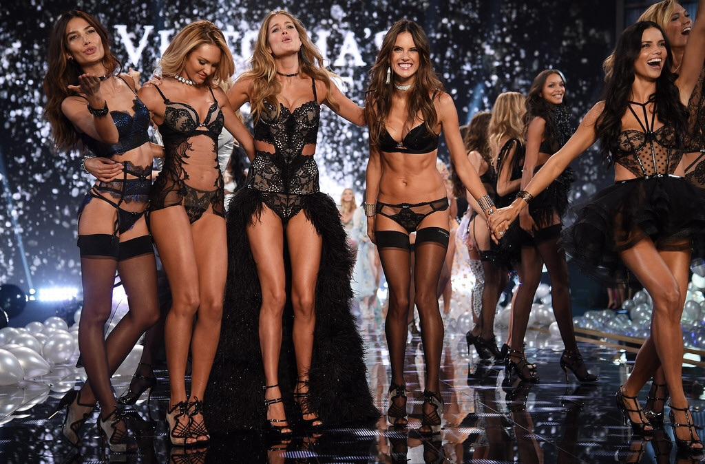"#Fashion >> Ropa, Modelos & Tendencias ""Now: ANTM Cycle 23 (Rita Ora, Nueva Host)"" - Página 15 TzGQJsSJ"
