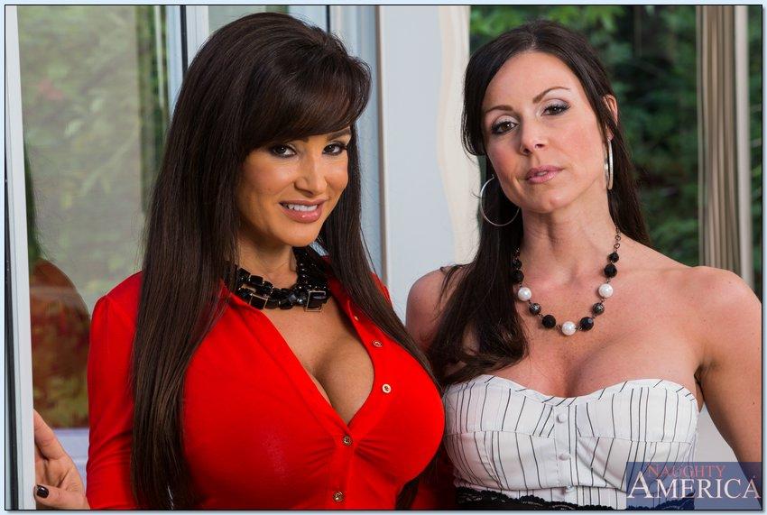 Kendra Lust y Lisa Ann - dos milfs muestran todo juntas