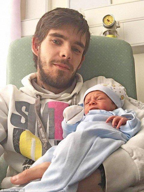 Fue al hospital porque tenía cólicos, mira que descubrieron