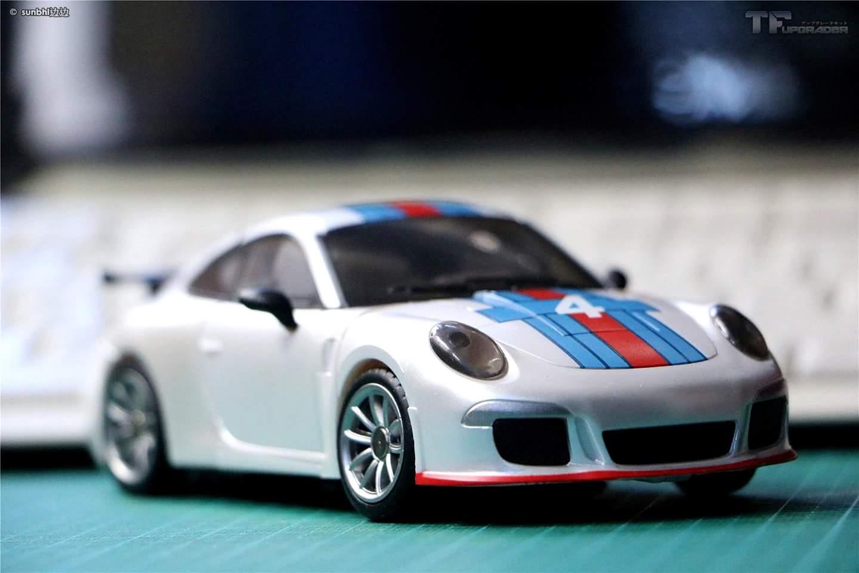[Generation Toy] Produit Tiers - Jouets TF de la Gamme GT - des BD TF d'IDW - Page 2 RIZmSeTw