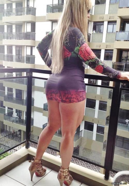 follando en minifalda