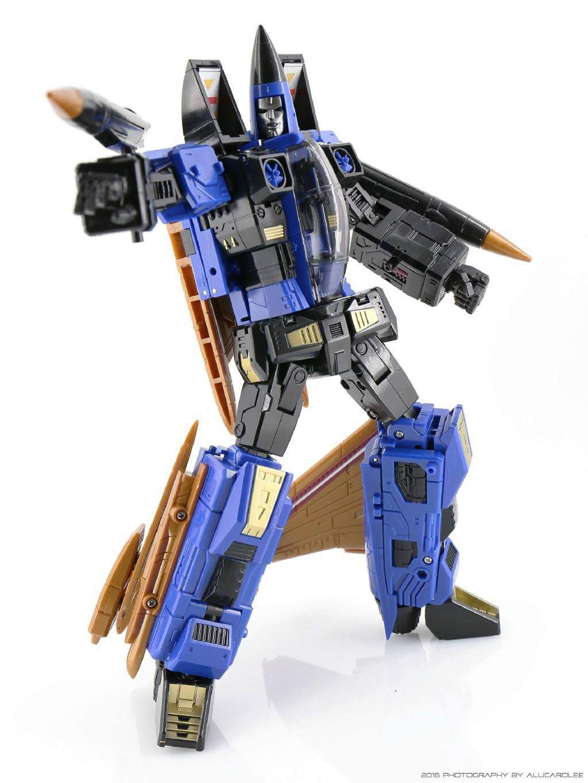 [ToyWorld] Produit Tiers - TW-M02A Combustor (Ramjet/Statoréacto), TW-M02B Assault (Thrust/Fatalo), TW-M02C Requiem (Dirge/Funébro) - Page 2 EujyRHl2