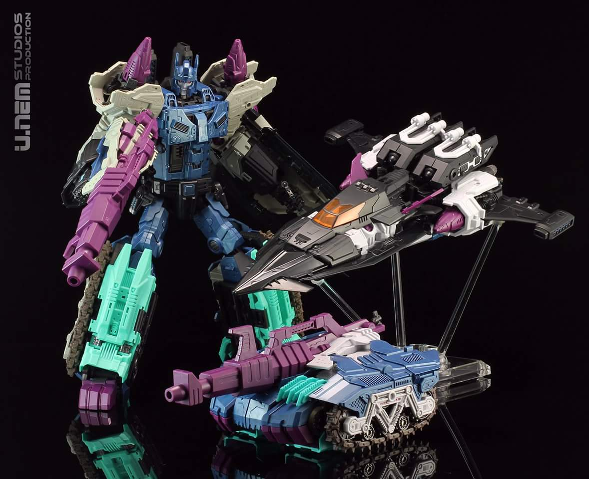 [Mastermind Creations] Produit Tiers - R-17 Carnifex - aka Overlord (TF Masterforce) - Page 3 AzKZeXdn