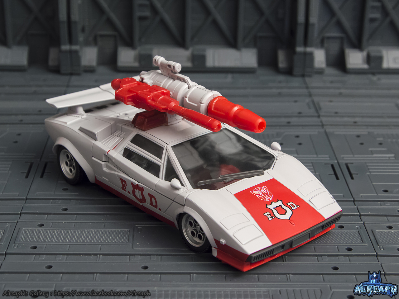[Masterpiece] MP-14 Red Alert/Feu d'Alerte - Page 2 SXADkGjn