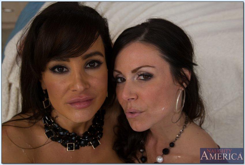 imagen de moh1 en el post Kendra Lust y Lisa Ann - una verga hasta la última gota