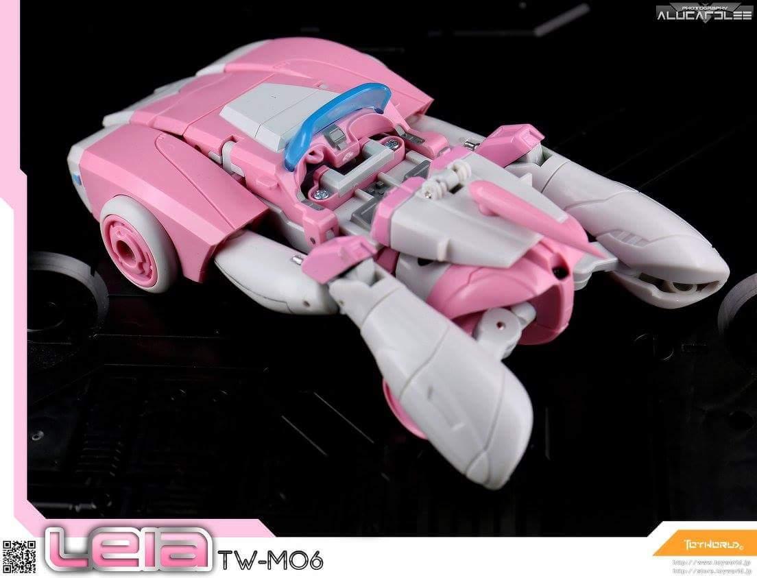 [Toyworld][Zeta Toys] Produit Tiers - Jouet TW-M06 Leia / Zeta-EX05 ArC aka Arcee/Arcie MKSxttBC