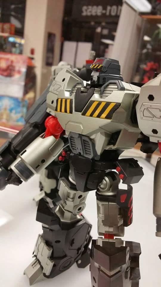 [Mastermind Creations] Produit Tiers - Reformatted R-28 Tyrantron - aka Megatron des BD IDW ACsxDpHs