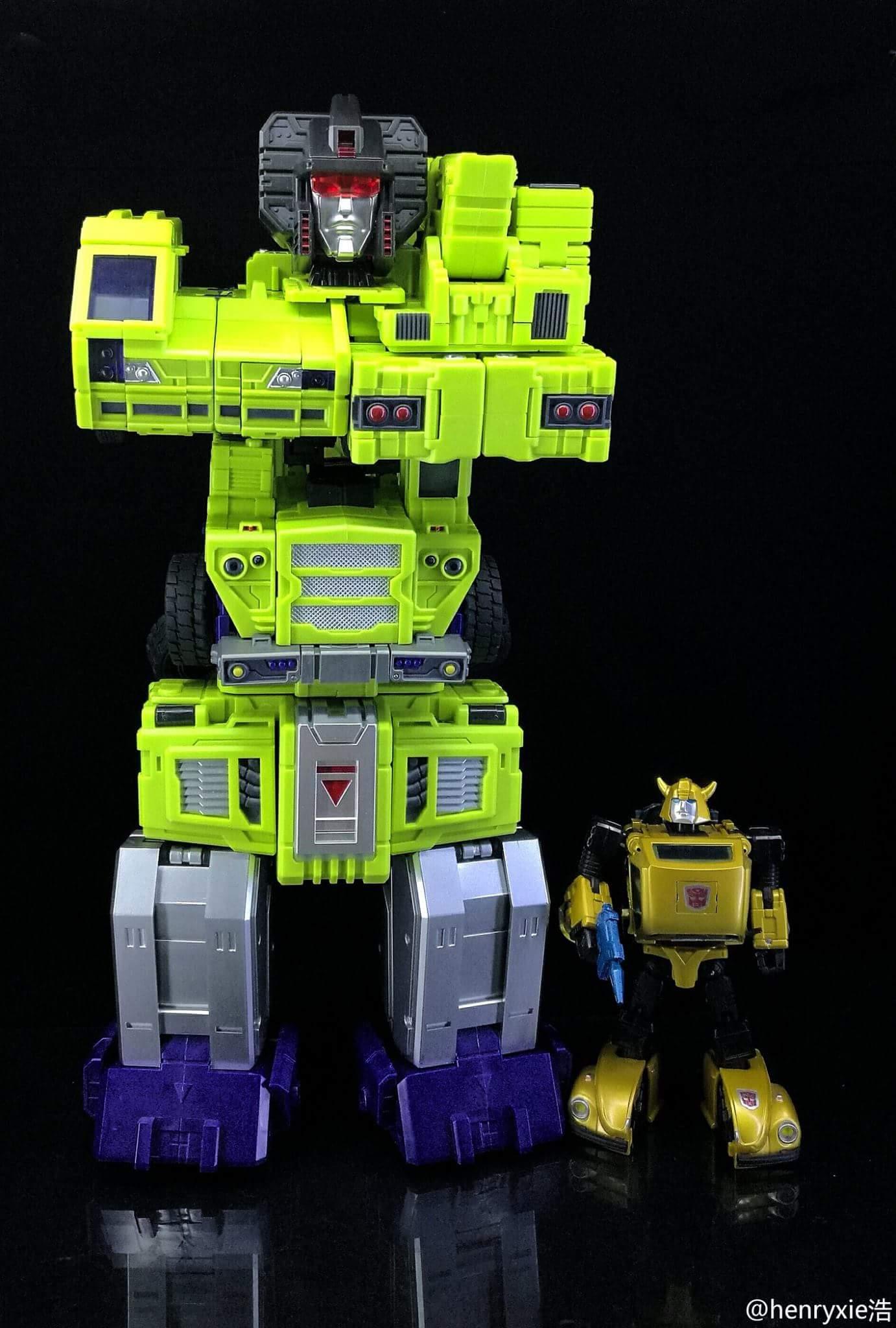 [Toyworld] Produit Tiers - Jouet TW-C Constructor aka Devastator/Dévastateur (Version vert G1 et jaune G2) - Page 7 DBaiyhgU