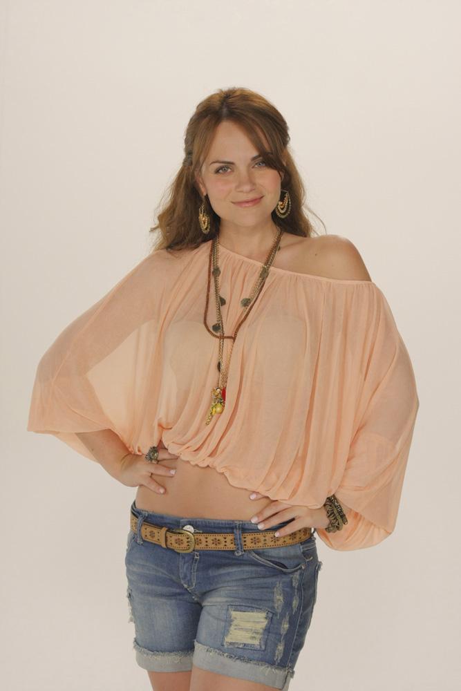 Laura Carmine / ლაურა კარმინი AbkaCqpj