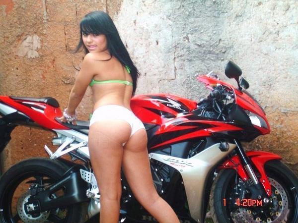 Linny Mary Nude 18