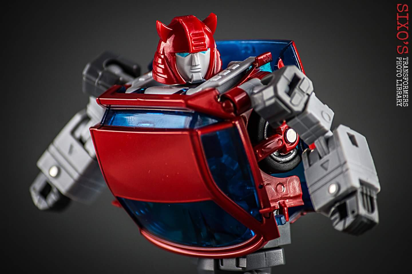 [ACE Collectables] Produit Tiers - Minibots MP - ACE-01 Tumbler (aka Cliffjumper/Matamore), ACE-02 Hiccups (aka Hubcap/Virevolto), ACE-03 Trident (aka Seaspray/Embruns) ObqWuWPo