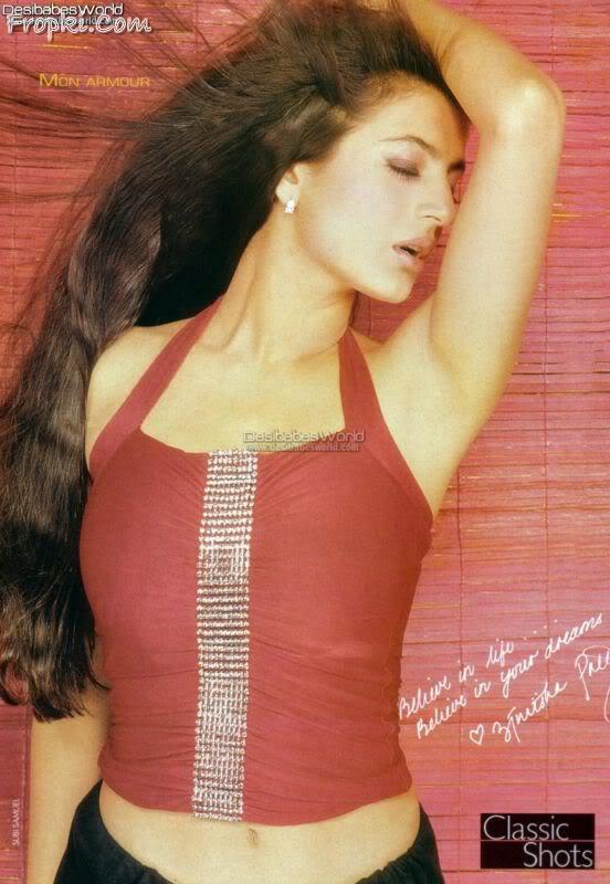 Amisha Patel 10 hottest scans from Magazines Abyy14qX