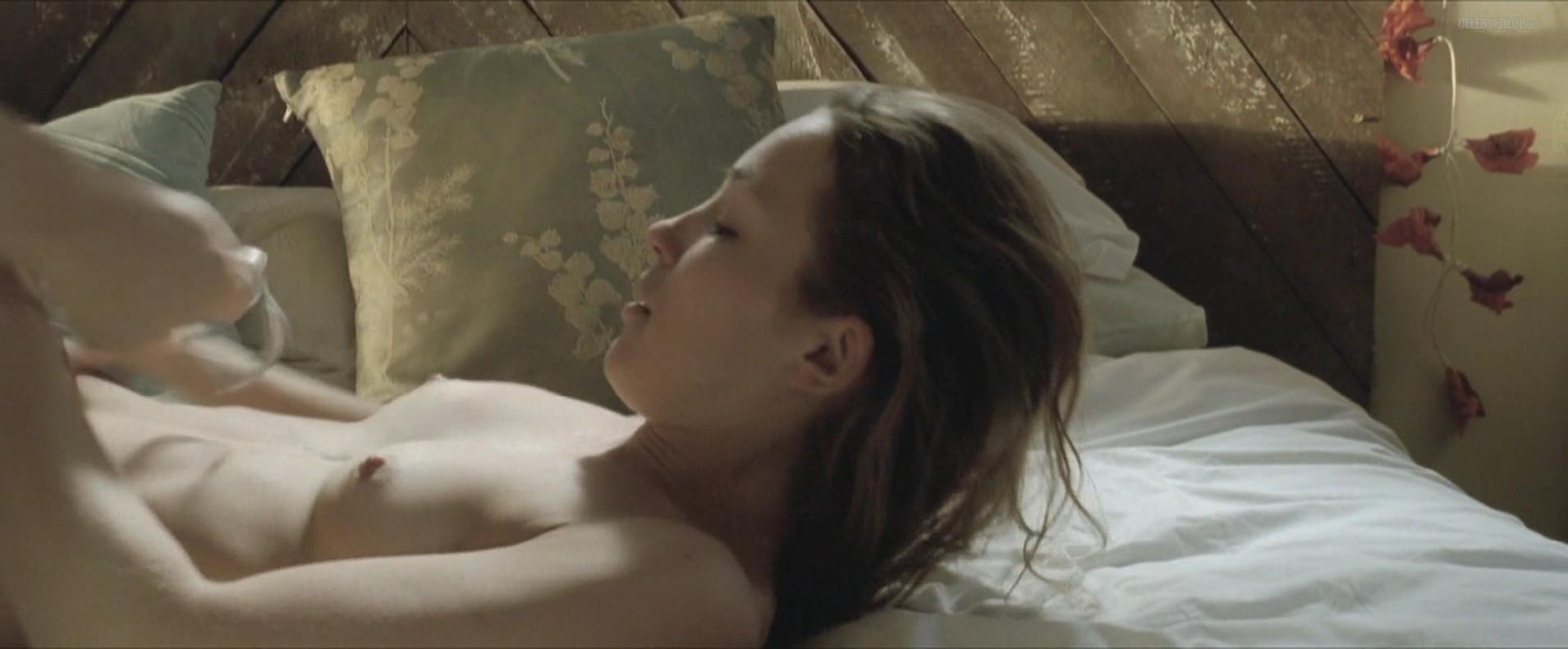 sex scene from weeks