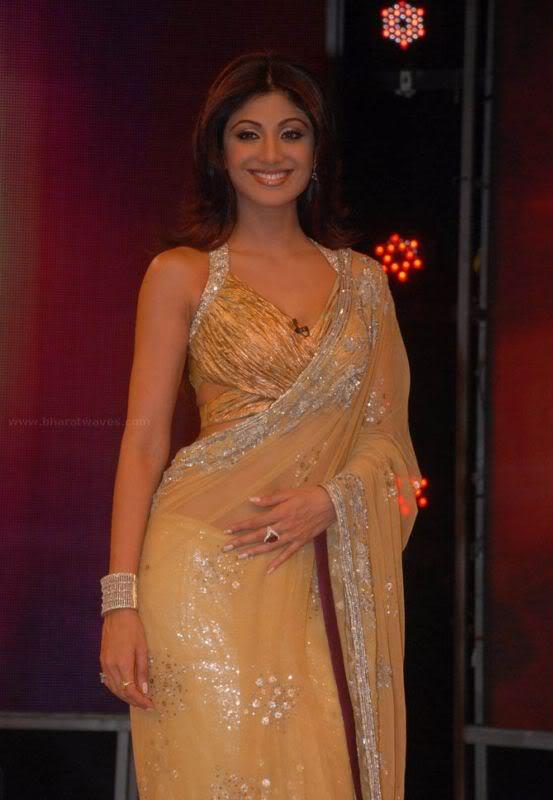 Shilpa Shetty's Sexy Curves in Transparent saree Abu6Llxk