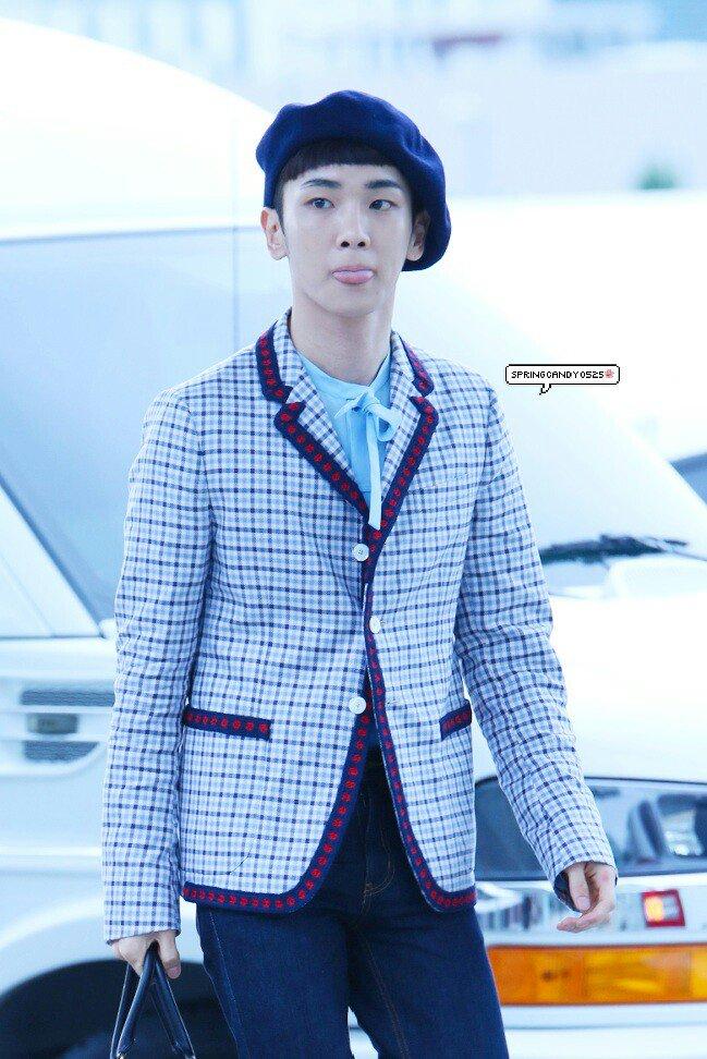 [IMG/160715] Jonghyun, Key @ Aeropuerto Incheon hacia Japón. Hvr6Ih9h
