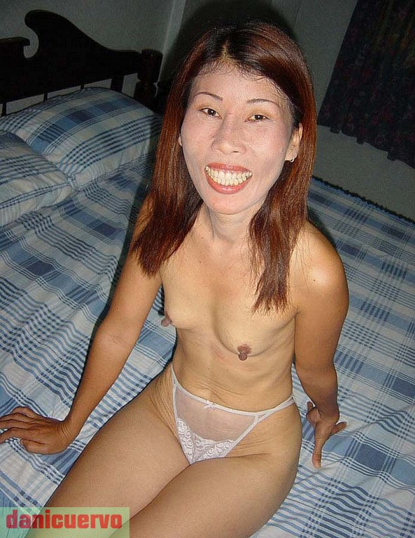 annie thao showing pussy