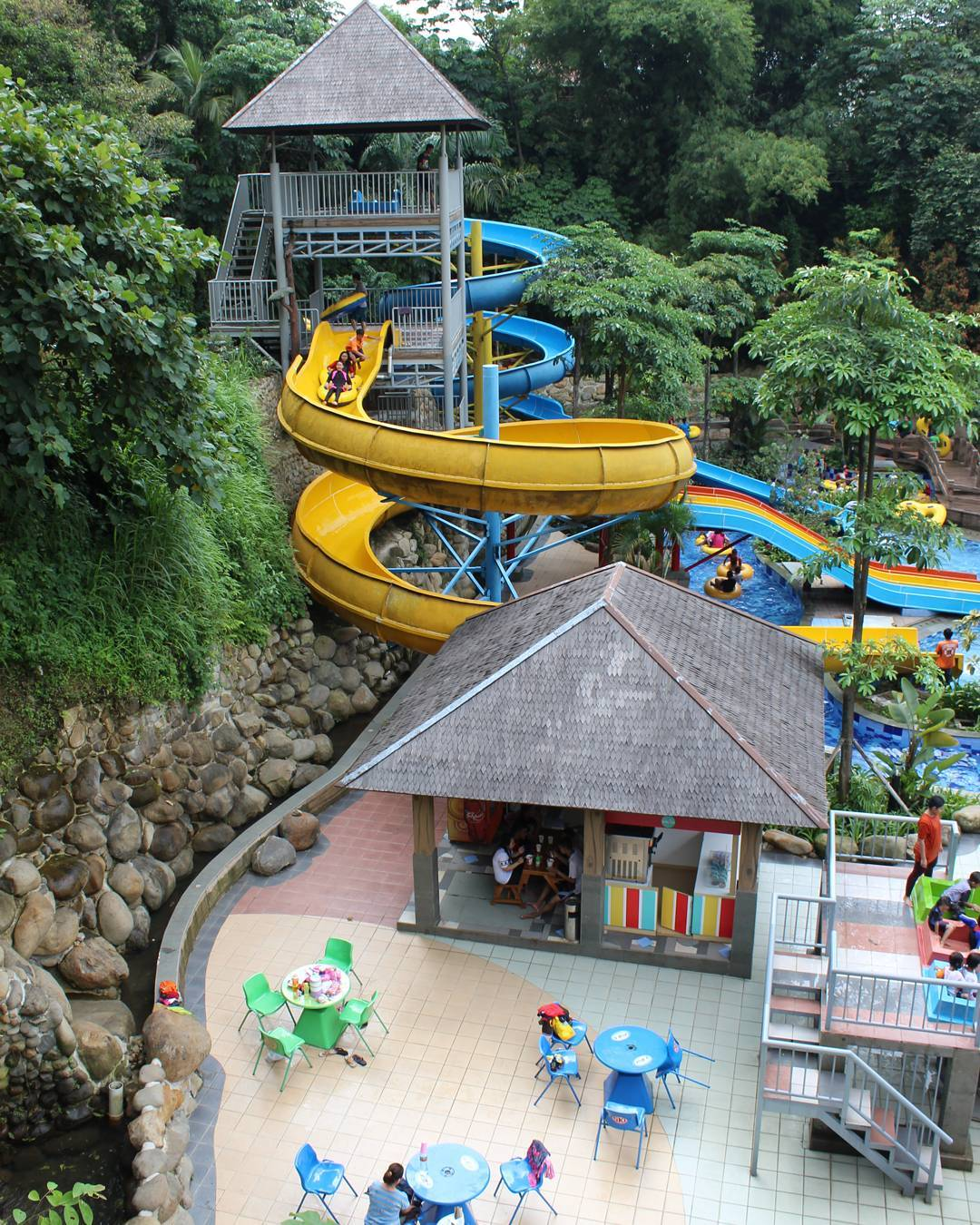 SKI Tajur Waterpark