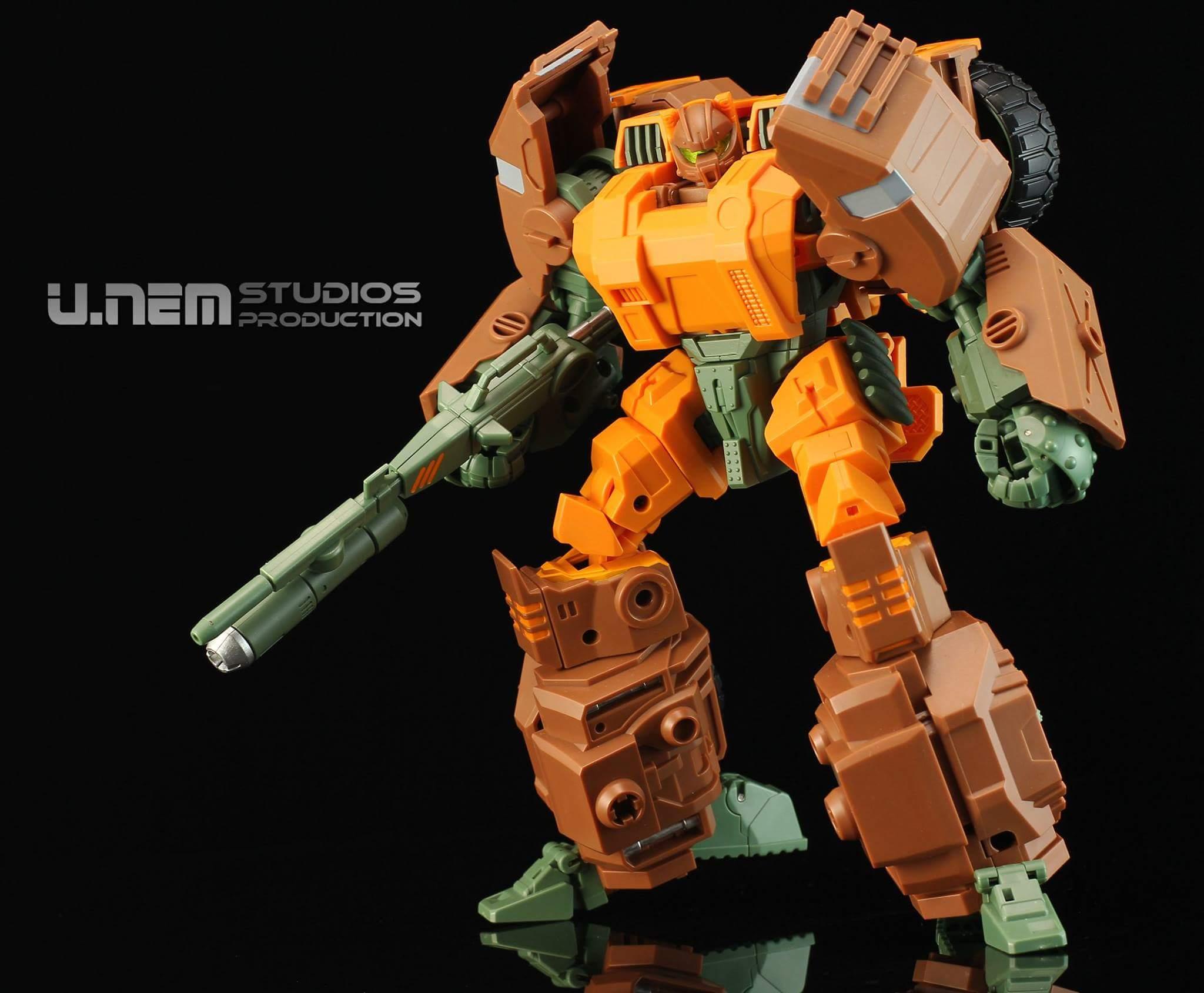 [Mastermind Creations] Produit Tiers - R-23 Dicamus - aka Roadbuster/Cahot des Wreckers IDW 8VorVMPW