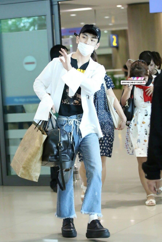 [IMG/160718] Onew, Jonghyun, Key, Minho @Aeropuerto de Kansai e Incheon (Jap-Cor) YkPenODW