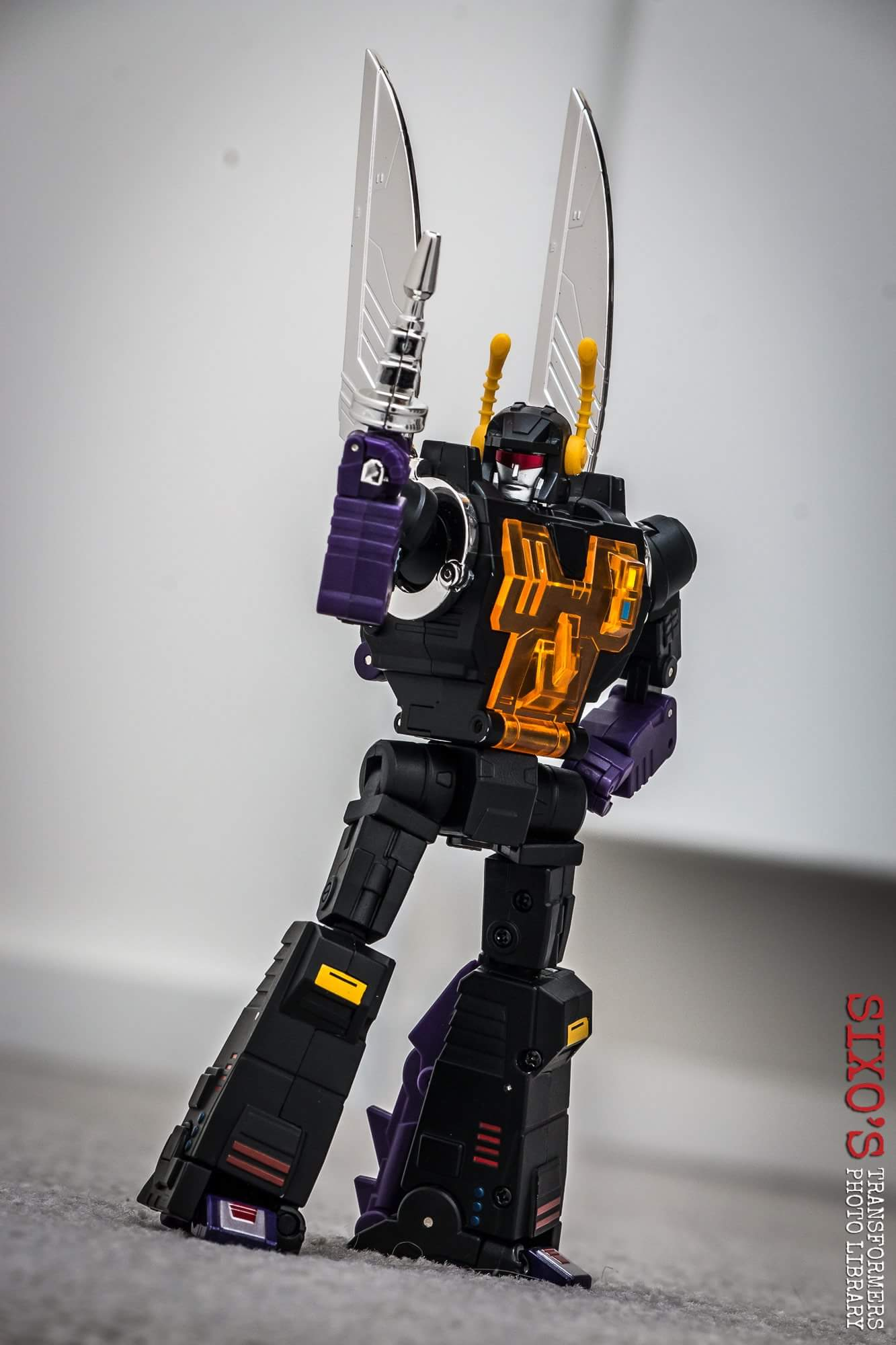 [Fanstoys] Produit Tiers - Jouet FT-12 Grenadier / FT-13 Mercenary / FT-14 Forager - aka Insecticons - Page 4 FgbmNYWj