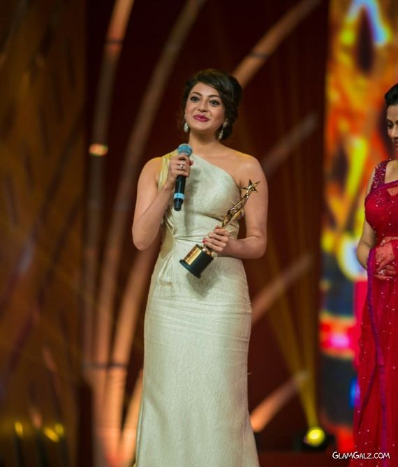 Kajal Agarwal At SIIMA Movie Awards 2013 Abzt8aLA