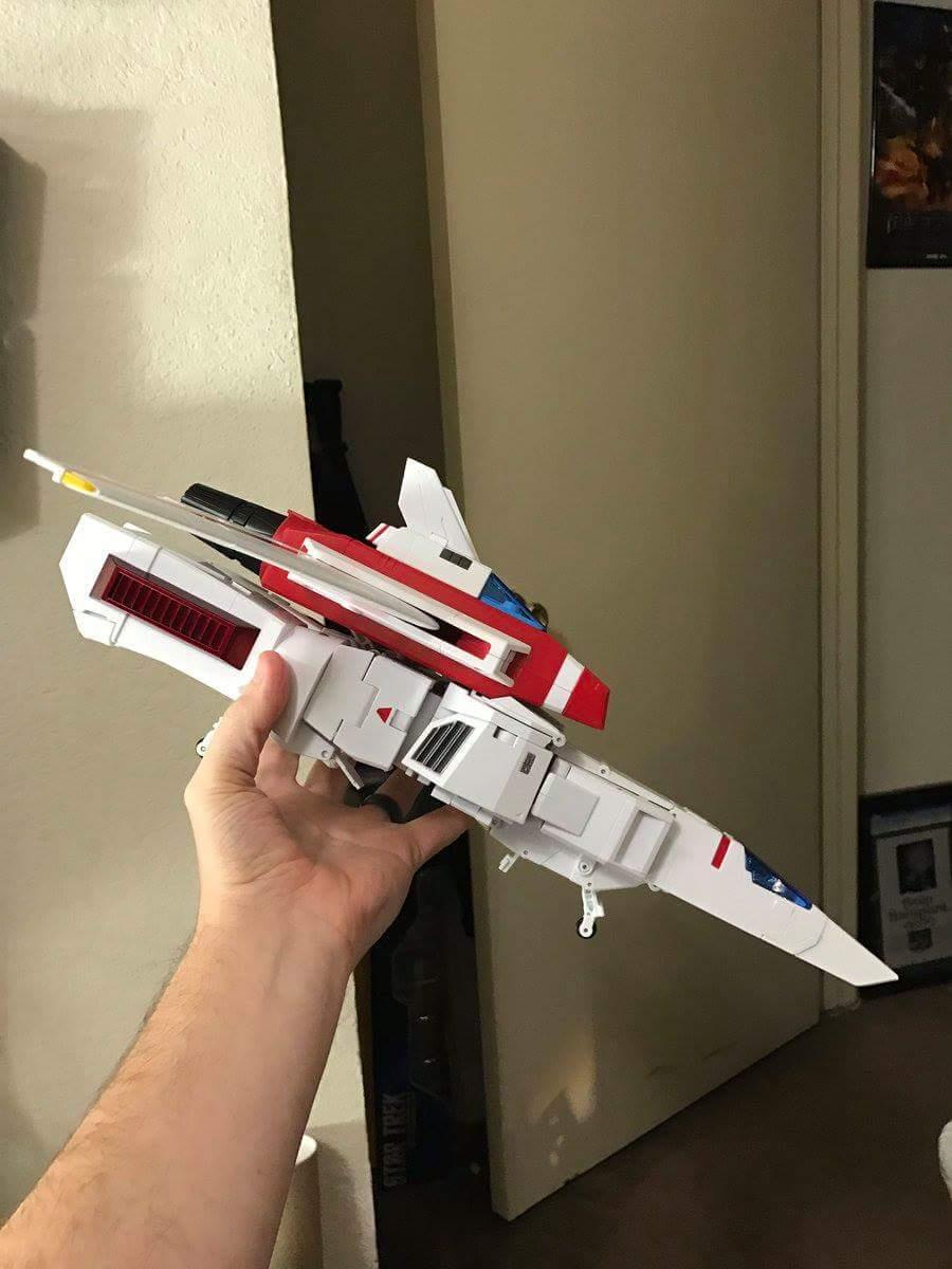 [Fanstoys] Produit Tiers - Jouet FT-10 Phoenix - aka Skyfire/Aérobo - Page 2 A2E75Qft