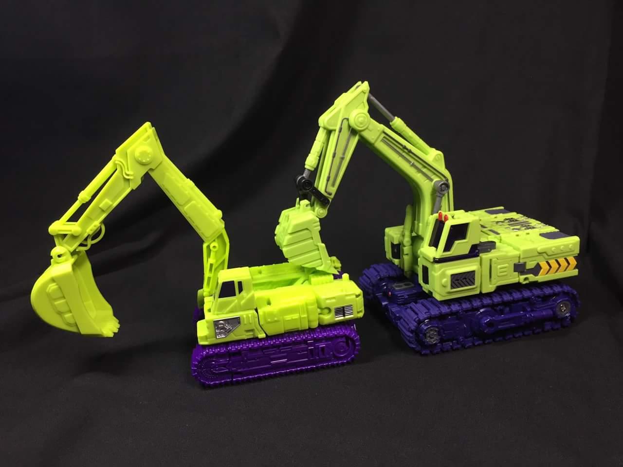 [Toyworld] Produit Tiers - Jouet TW-C Constructor aka Devastator/Dévastateur (Version vert G1 et jaune G2) - Page 3 XtRETe9R