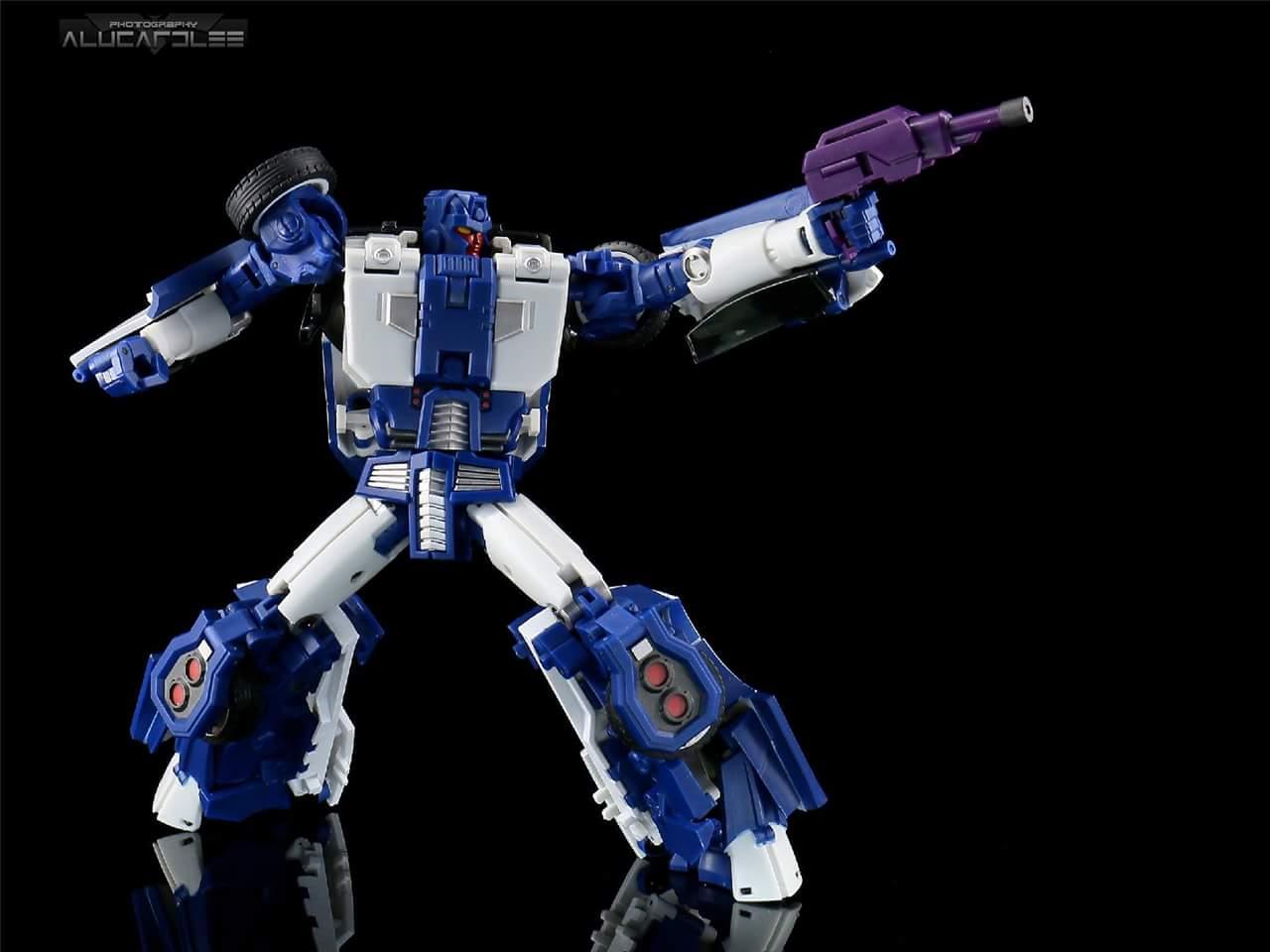 [Transform Mission] Produit Tiers - Jouet M-01 AutoSamurai - aka Menasor/Menaseur des BD IDW - Page 2 GW5vc2rw