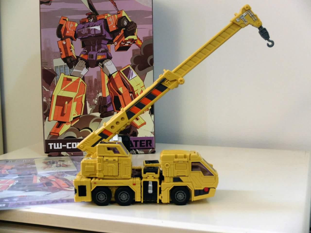 [Toyworld] Produit Tiers - Jouet TW-C Constructor aka Devastator/Dévastateur (Version vert G1 et jaune G2) - Page 8 In9i5jme