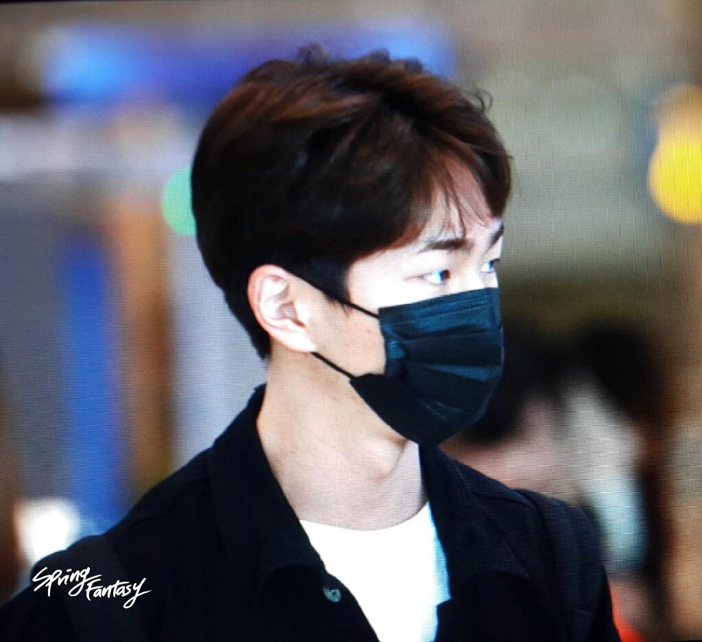 [IMG/160718] Onew, Jonghyun, Key, Minho @Aeropuerto de Kansai e Incheon (Jap-Cor) O4dnwROO