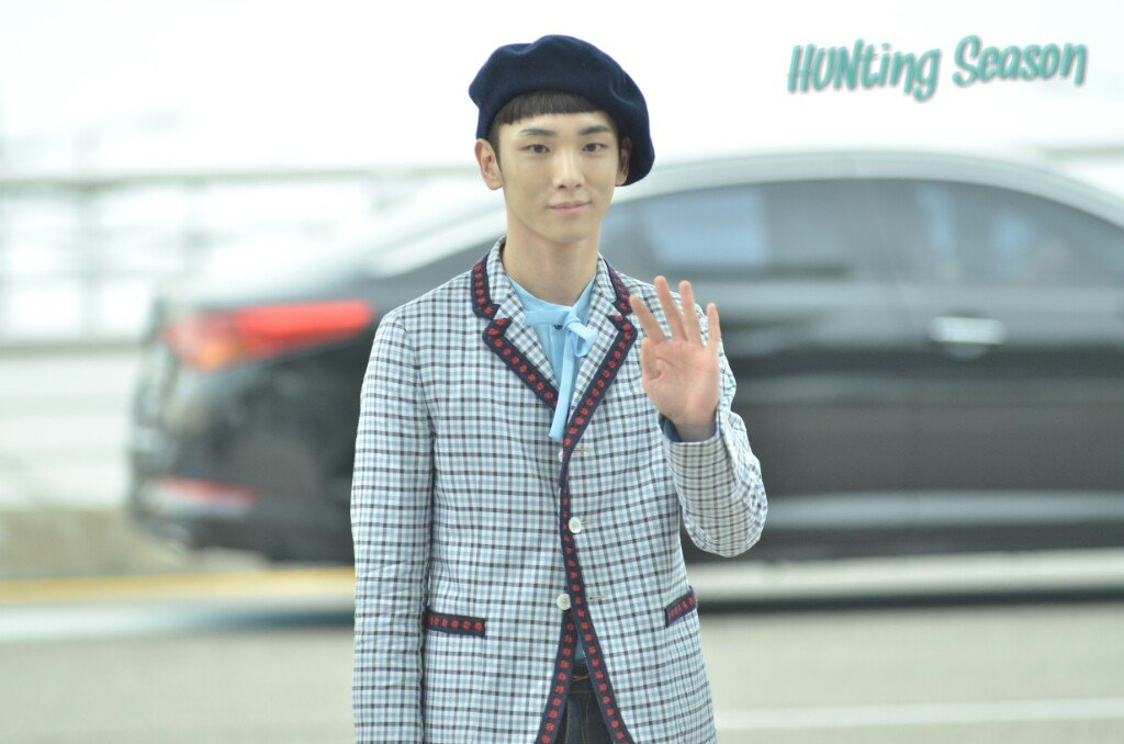 [IMG/160715] Jonghyun, Key @ Aeropuerto Incheon hacia Japón. KTVHSlYa