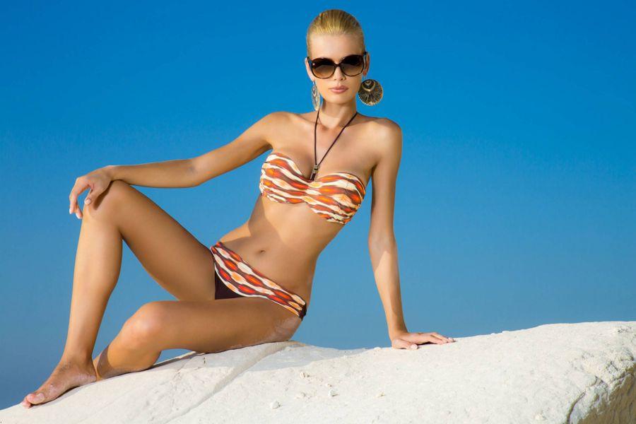 Anna Maria Sobolewska - Lavel Bikini Photoshoot AbxfrsbM