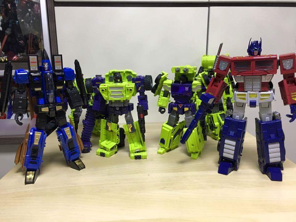 [ToyWorld][Zeta Toys] Produit Tiers - TW-M01 Primorion/Zeta-EX6O OriPrime et Zeta -EX6E EvaPrime - aka Optimus (G1 et Evangelion) VvHnmzuM