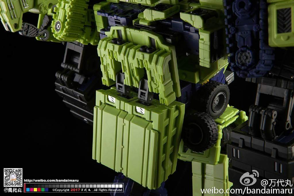 [Toyworld] Produit Tiers - Jouet TW-C Constructor aka Devastator/Dévastateur (Version vert G1 et jaune G2) - Page 9 I4T348oJ