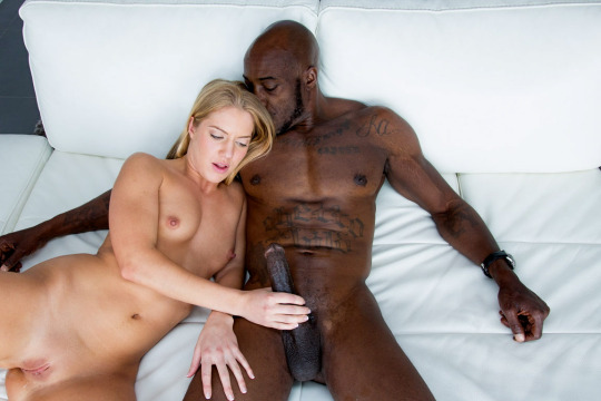 Lesbain threesome sex clips