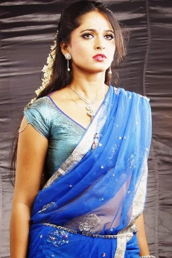 Anushka Shetty Hot in Saree#3 7 images AbjOWrz4