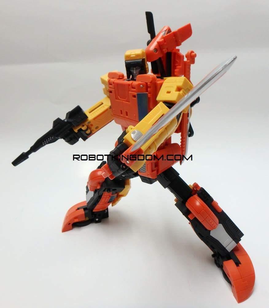 [Unique Toys] Produit Tiers - Jouet Y-03 Sworder - aka Sandstorm/Siroco Y1Z3l2OH