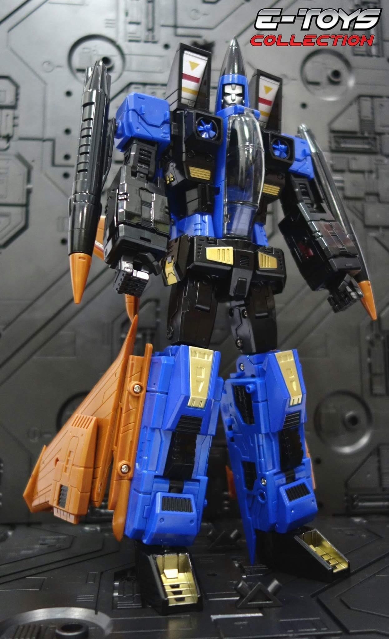 [ToyWorld] Produit Tiers - TW-M02A Combustor (Ramjet/Statoréacto), TW-M02B Assault (Thrust/Fatalo), TW-M02C Requiem (Dirge/Funébro) - Page 3 FgEKX0VI