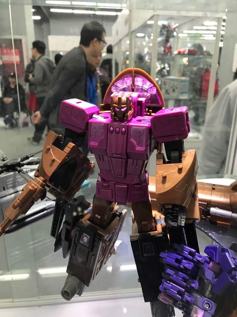 [Zeta Toys] Produit Tiers - Armageddon (ZA-01 à ZA-05) - ZA-06 Bruticon - ZA-07 Bruticon ― aka Bruticus (Studio OX, couleurs G1, métallique) FkTjjEhZ